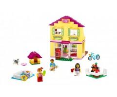10686 Семейный домик