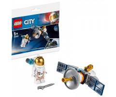 30365 Космический спутник