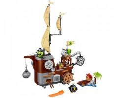Пиратский корабль свинок