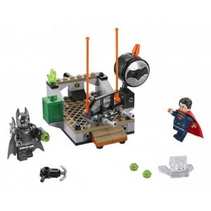 «Битва супергероев» 76044