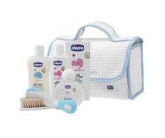 Набор для купания Baby Moments: пена-шампунь, крем для тела, туалетная вода, щетка и расческа, сумка