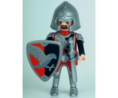 PM001137 Рыцарь с щитом и мечом