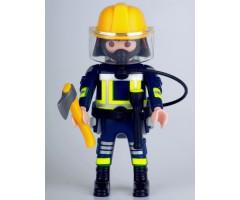 PM001139 Пожарный в противогазе