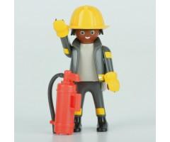 PM001147 Пожарный с огнетушителем