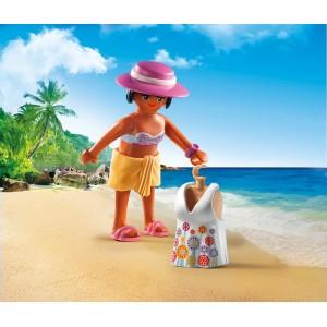 «Девушка в пляжном наряде» PM6886