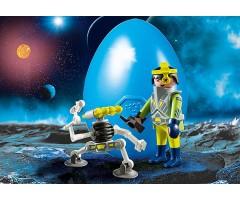 PM9416 Космический агент с роботом