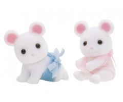 Белые Мышата-двойняшки